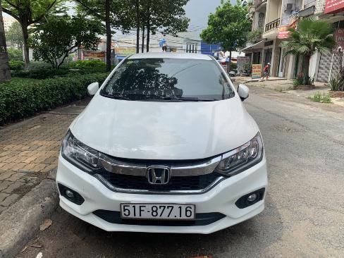Bán Honda City 1.5CVT màu trắng số tự động sản xuất 2017 biển Sài Gòn 29000km