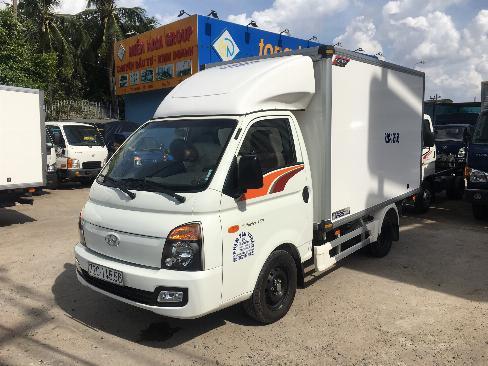 Xe tải thùng ĐÔNG LẠNH QUYỀN AUTO HYUNDAI tải 1.5 tấn - Trả Góp