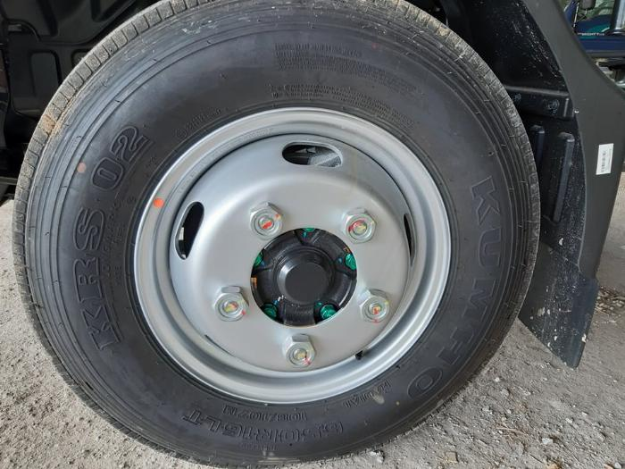 Giá xe tải Hyundai N250SL, xe tải 2.5 tấn - Hỗ trợ vay trả góp 80% 2
