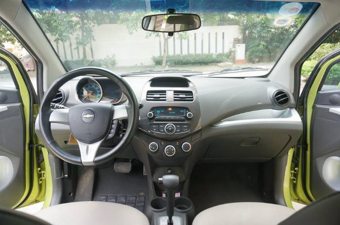 Bán Chevrolet Spark LTZ Xanh 2015 BSTP chính chủ gia đình