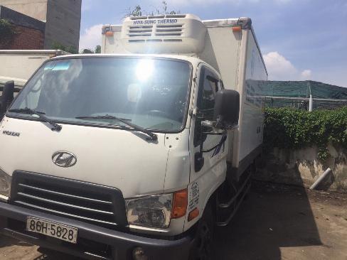 Bán xe tải đông lạnh Hyundai HD72 2