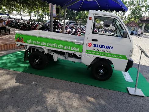 Suzuki Carry truck thùng lững 645kg 2