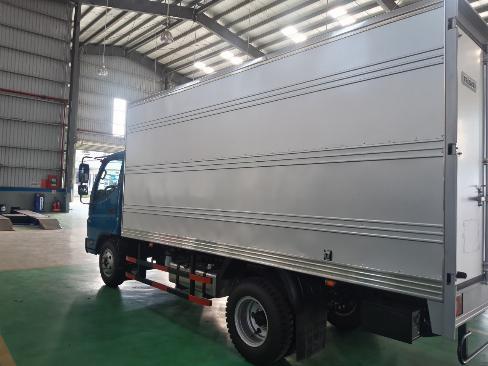 Xe tải THACO 2 tấn - thùng 4,3m - động cơ CN ISUZU 2
