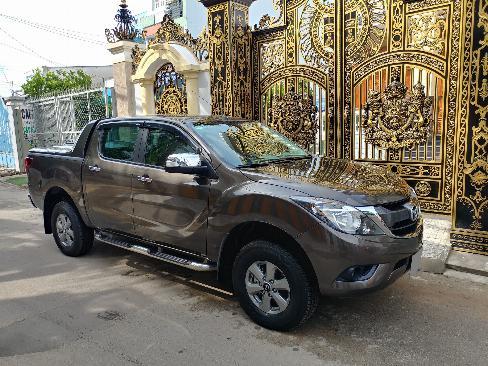 Bán Mazda BT50 Xám 2018 số sàn máy dầu, hai cầu xe rất mới. 2