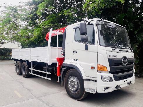 Xe tải 3 chân HINO FL8JW7A gắn cẩu UNIC URV555 5 tấn 5 khúc - Trả Góp 4