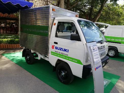 Bán xe suzuki carry truck thùng kín tại Cần Thơ