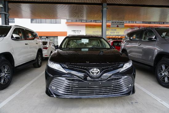 Xe Toyota Camry 2.5Q 2
