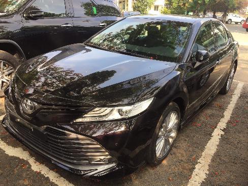Xe Toyota Camry 2.5Q 6