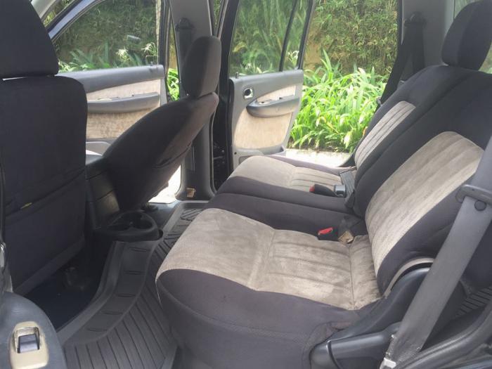 Cần tiền bán Ford Everest sx 2007, màu đen than, số sàn, máy dầu 6