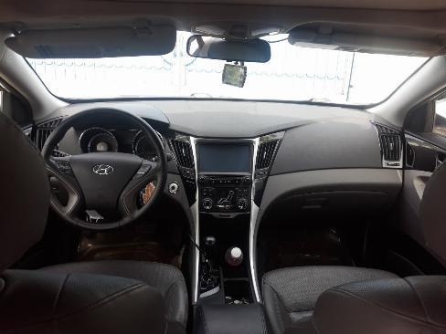 Bán Hyundai Sonata 2.0AT màu trắng số tự động nhập Hàn Quốc 2011 biển tỉnh đi 59000km 8