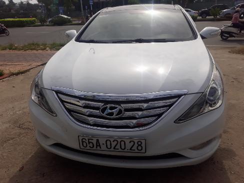 Bán Hyundai Sonata 2.0AT màu trắng số tự động nhập Hàn Quốc 2011 biển tỉnh đi 59000km 9
