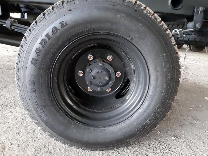 Hình ảnh lốp sau xe tải hyundai N250SL