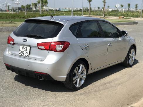 Bán Kia Cerato HB 1.6AT màu ghi bạc số tự động nhập Hàn Quốc 2012 đi 45000km 0
