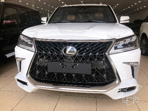 Bán Lexus LX570 Super Sport 2019,nhập nguyên chiếc từ trung đông ,mới 100%,xe giao ngay .