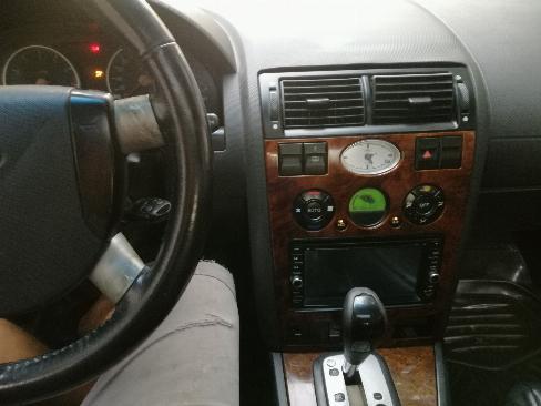 Cần bán xe Ford Mondeo sx 2004 đk 2005 màu đen số tự động