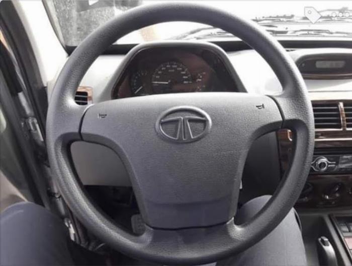 Bán xe Tata 1.2 tấn, tiêu thụ 5l/100km, điêu hòa 2 chiều. 5