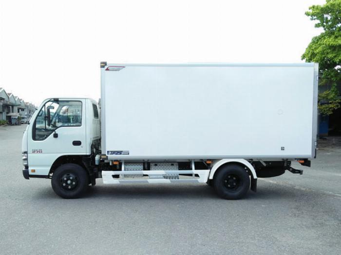 Xe tải Isuzu  1.9 tấn thùng bảo ôn , isuzu QKR270 2T4 năm 2019