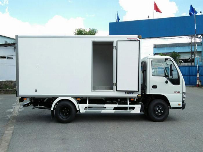 Xe tải Isuzu  1.9 tấn thùng bảo ôn , isuzu QKR270 2T4 năm 2019 2