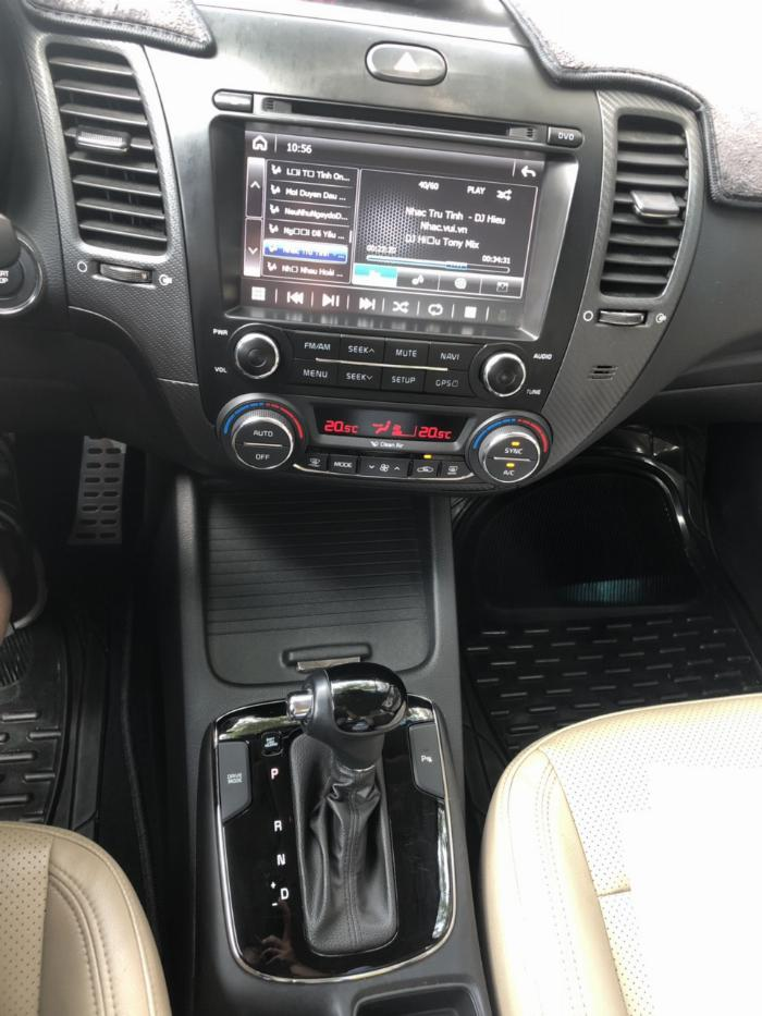 Bán Kia Cerato 1.6AT màu đen VIP số tự động sản xuất 2017 đi 30.000km 12
