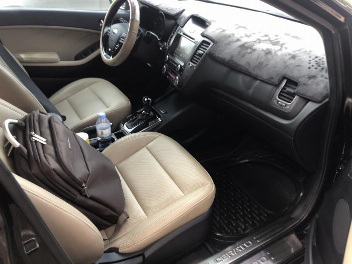Bán Kia Cerato 1.6AT màu đen VIP số tự động sản xuất 2017 đi 30.000km 2