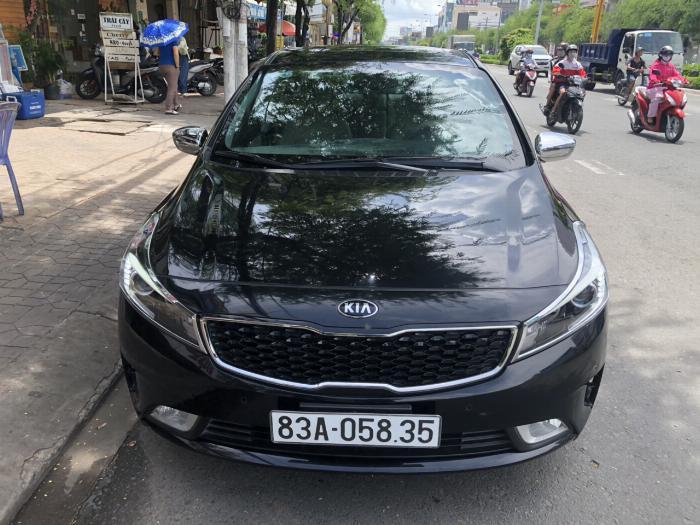 Bán Kia Cerato 1.6AT màu đen VIP số tự động sản xuất 2017 đi 30.000km 3