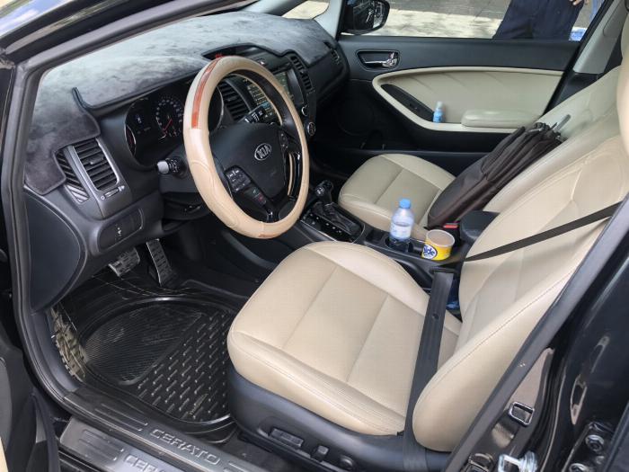 Bán Kia Cerato 1.6AT màu đen VIP số tự động sản xuất 2017 đi 30.000km 8