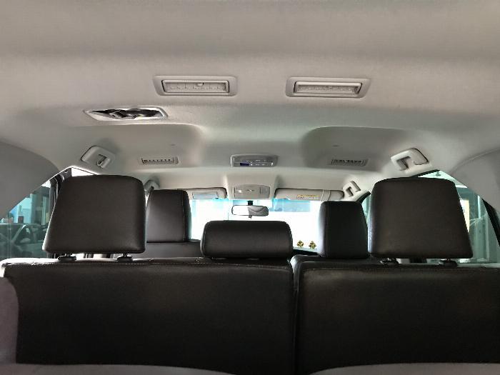 Bán Toyota Fortuner 2.8V 2 cầu số tự động máy dầu nhập khẩu INDONESIA T5/2019 màu đen VIP đi 8000km 7