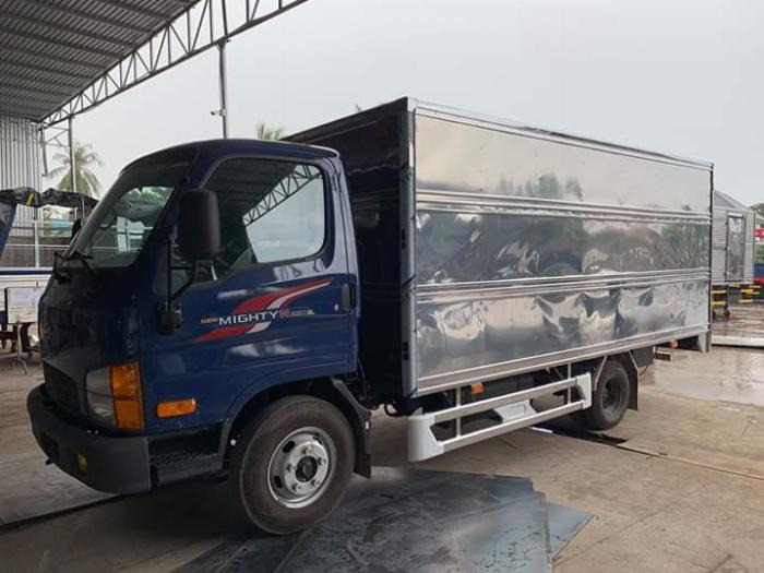 Xe tải HYUNDAI N250SL thùng kín dài 4.3m tải 2.5 tấn - Trả Góp