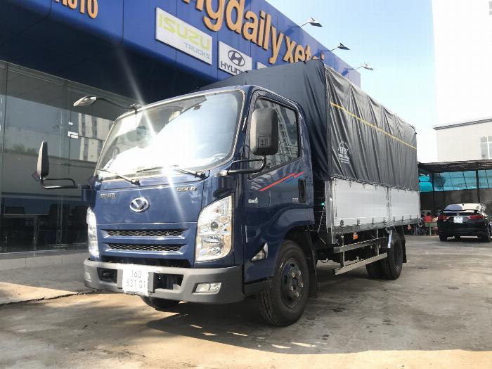 Xe tải IZ65 thùng mui bạt Bửng Nhôm dài 4.3m tải 2.4 - 3.5 tấn - Trả Góp