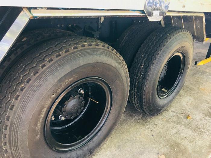 bán xe tải 3 chân Daewoo Maximus 15 tấn thùng 9m2