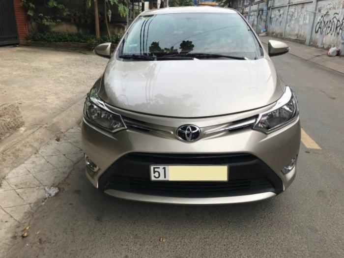 Cần bán xe Toyota Vios 2017 màu nâu vàng số tự động, odo 33 ngàn km 3