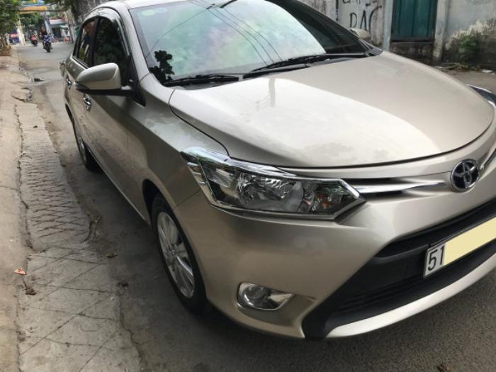 Cần bán xe Toyota Vios 2017 màu nâu vàng số tự động, odo 33 ngàn km 4