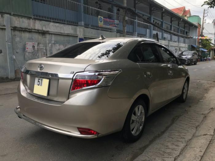 Cần bán xe Toyota Vios 2017 màu nâu vàng số tự động, odo 33 ngàn km 5
