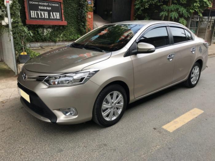 Cần bán xe Toyota Vios 2017 màu nâu vàng số tự động, odo 33 ngàn km 7