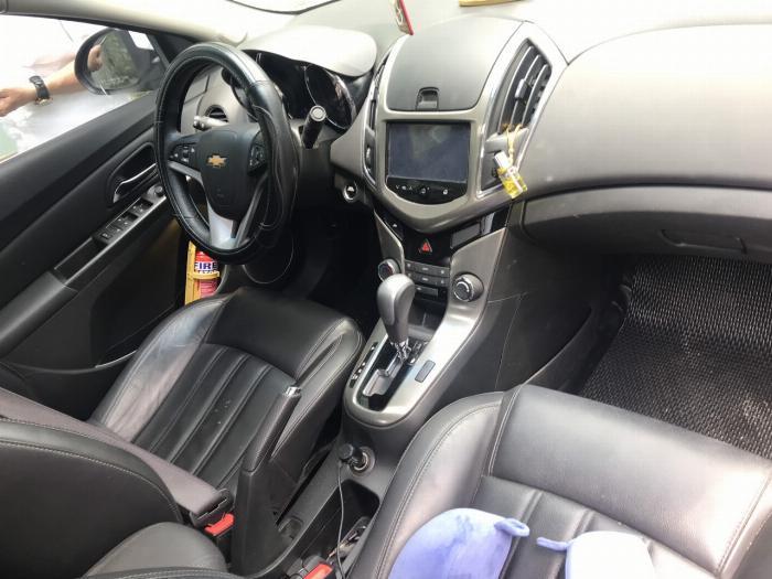 Cần bán xe Chevrolet Cruze 2017 Ltz tự động màu trắng 0