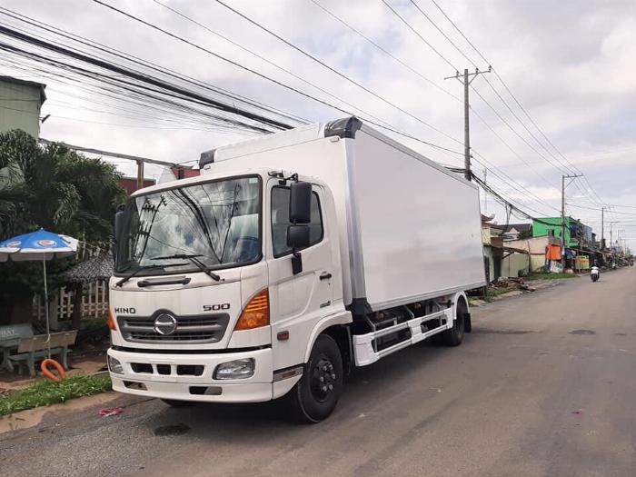 Xe tải HINO FC 2019 thùng Đông Lạnh Bình Thắng tải 6 tấn - Trả Góp