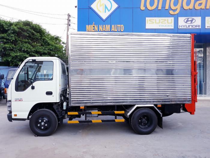 Xe tải ISUZU 2018 tải 1.9 tấn thùng kín bửng nâng Giao xe ngay khi thanh toán 20% 3