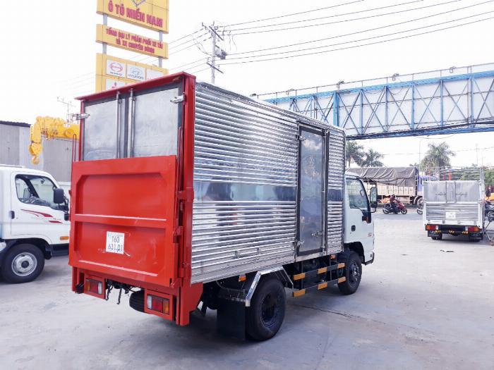 Xe tải ISUZU 2018 tải 1.9 tấn thùng kín bửng nâng Giao xe ngay khi thanh toán 20% 4
