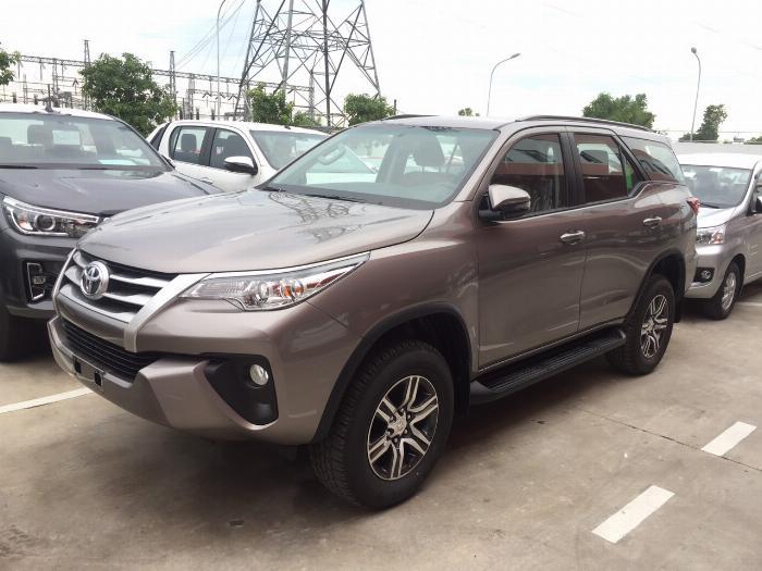 Toyota Fortuner sản xuất năm 2019 Số tự động Dầu diesel