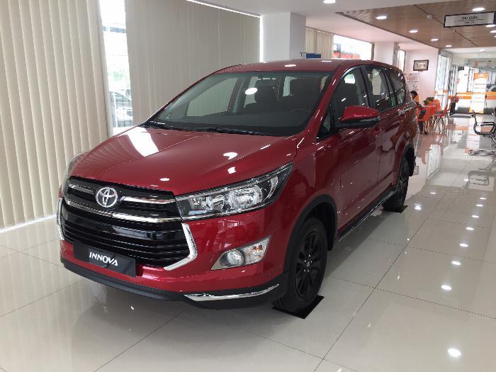 Toyota An Thành Bình Chánh Khuyến Mãi Innova Venturer Số Tự Động, Xe Có Sẳn, Đủ Màu, Giao Ngay 7