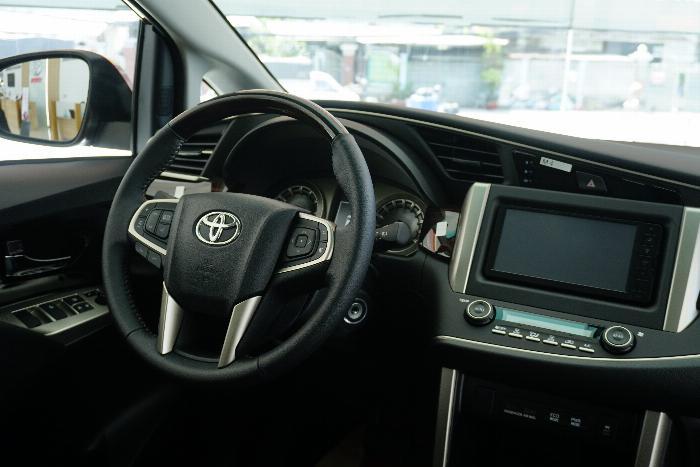 Toyota An Thành Bình Chánh Khuyến Mãi Innova Venturer Số Tự Động, Xe Có Sẳn, Đủ Màu, Giao Ngay 2