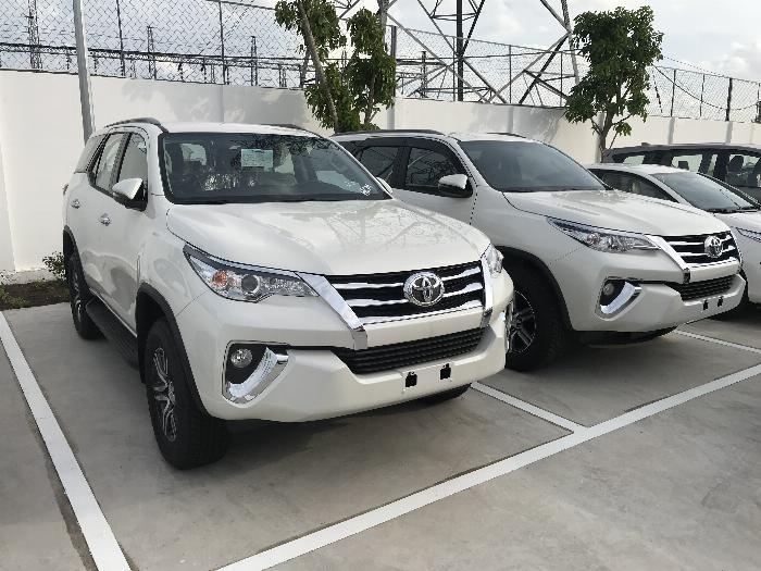 Bảng Giá Fortuner 2.4G AT Số Tự Động Lăn Bánh, Khuyến Mãi Tại Toyota An Thành Fukushima, Xe Có Sẳn Đủ Màu, Giao Ngay