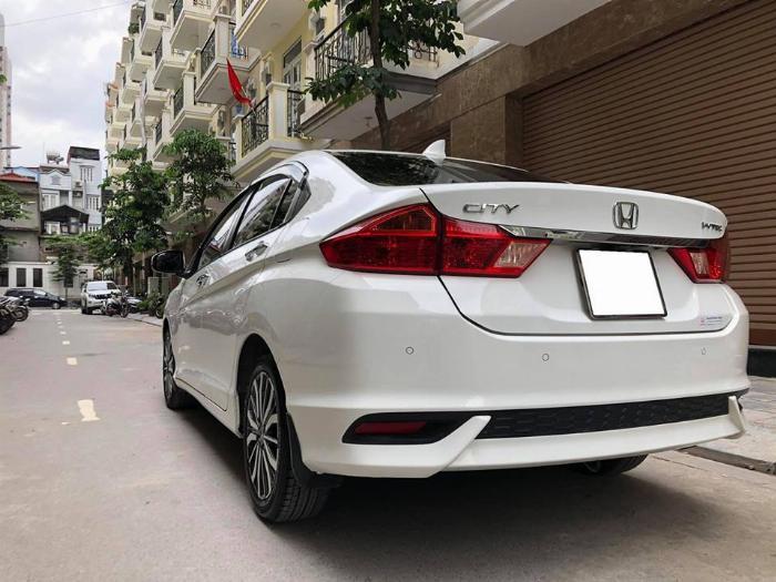 Cần bán xe Honda City 2018, số tự động, bản top, màu trắn 3