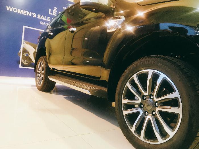 Ford Everest Titanium 2.0 ...SUMMER hỗ trợ giá tốt