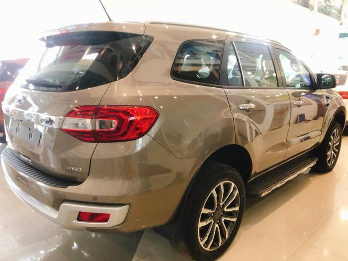 Ford Everest Titanium 4x4, Bi-Turbo, AT 10 cấp
