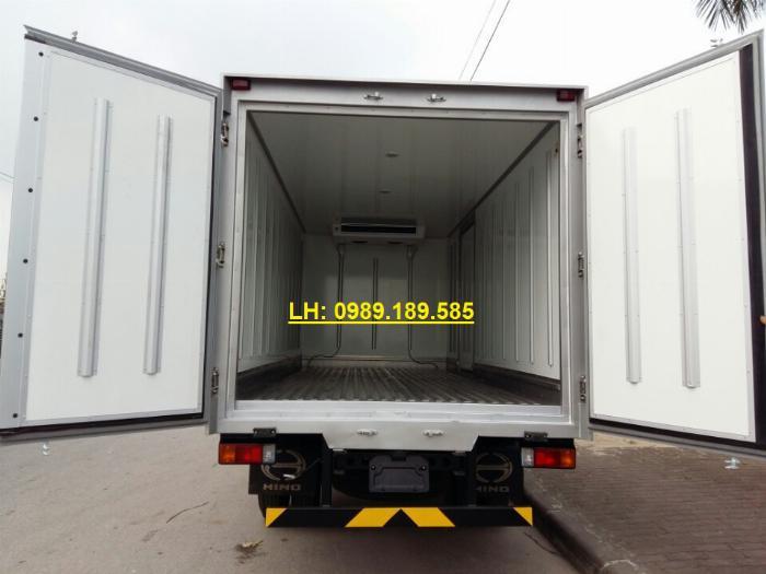 Bán trả góp xe tải đông lạnh hino 300 tải trọng 3.45 tấn 2