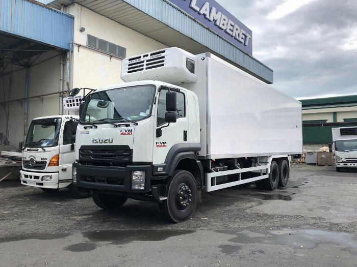 Xe tải thùng Đông Lạnh LAMBARET ISUZU FVM 2019 tải 15 tấn - Trả Góp 0
