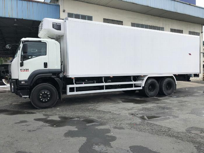Xe tải thùng Đông Lạnh LAMBARET ISUZU FVM 2019 tải 15 tấn - Trả Góp 1