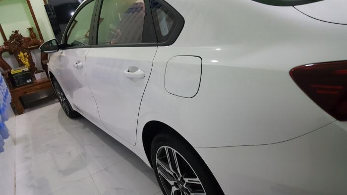 Bán Cerato 1.6MT 2019, màu trắng, đúng chất lướt, giá TL, hổ trợ góp 5