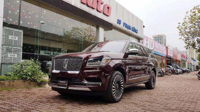 Bán Lincoln Navigator Black Label màu nâu đỏ sản xuất 2019,nhập mỹ .xe giao ngay.